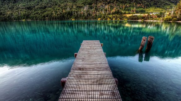 lakes-peaceful-place-colorful-grass-pier-lake-forest-clear-landscape-lakes-blue-water-mountains-nature-trees-woods-reflection-beauty-beautiful-lovely-dock-pictures-for-desktop-1920x1080